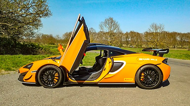 Review: McLaren 620R Side Doors Open