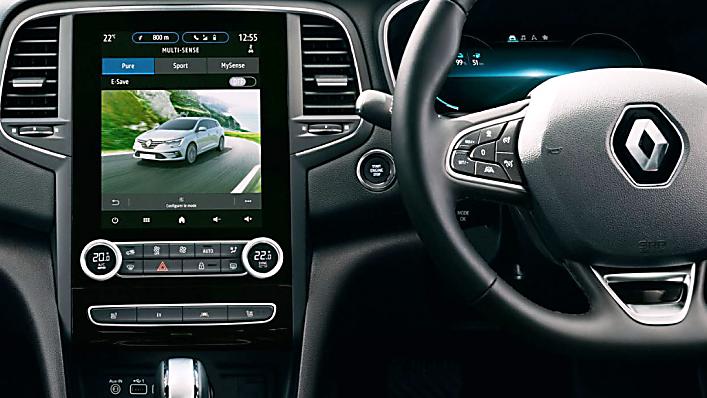 Review: Renault Mégane Sport Tourer E-Tech - Infotainment