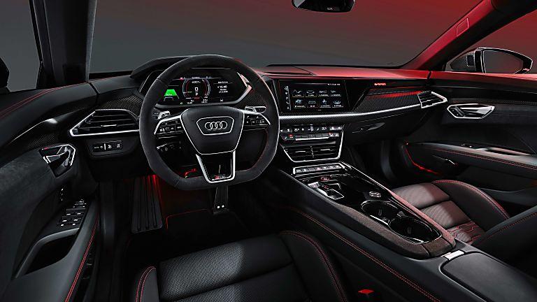 Review: Audi e-tron GT quattro Cockpit