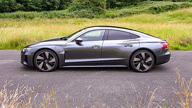 Review: Audi e-tron GT quattro Side