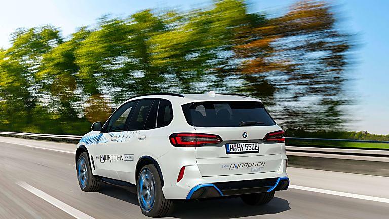 BMW: iX5 Hydrogen to get small production run Hero Rear