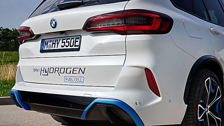 BMW: iX5 Hydrogen to get small production run Rear Close