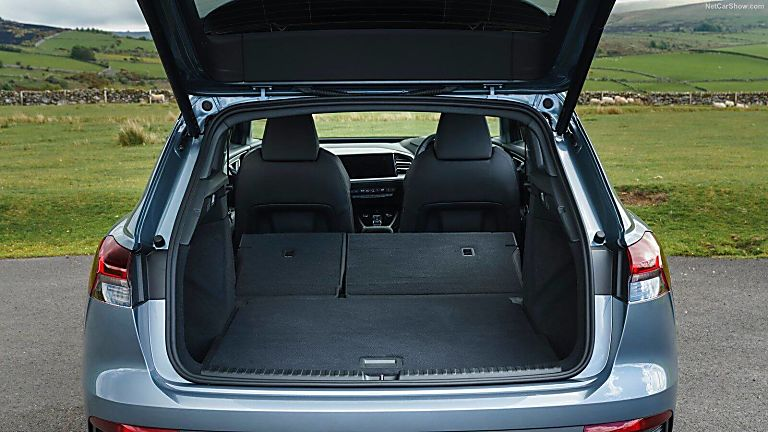 Review: Audi Q4 e-tron Boot Expanded