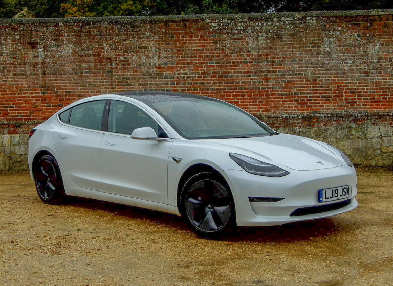 Review: Tesla Model 3   Driver Buddy