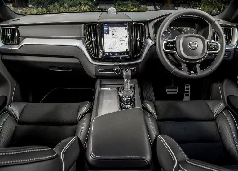Volvo XC60 T6 Front interior