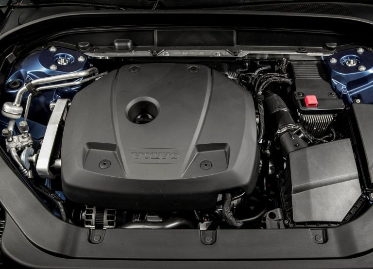 Volvo XC60 T6 Engine