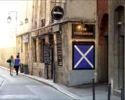 bar Highlander