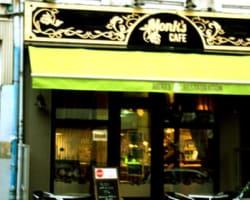 bar Monk's Café