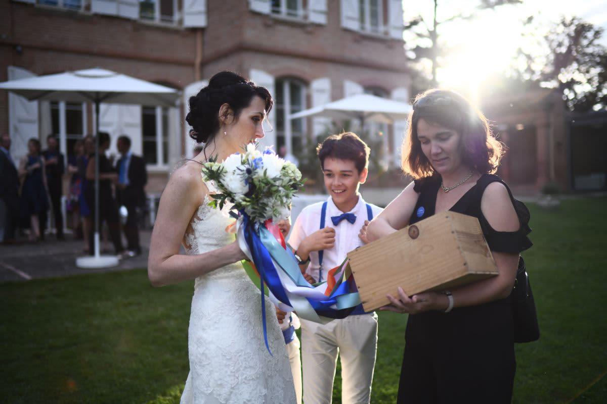Delphine, aux côtés de la mariée le jour J