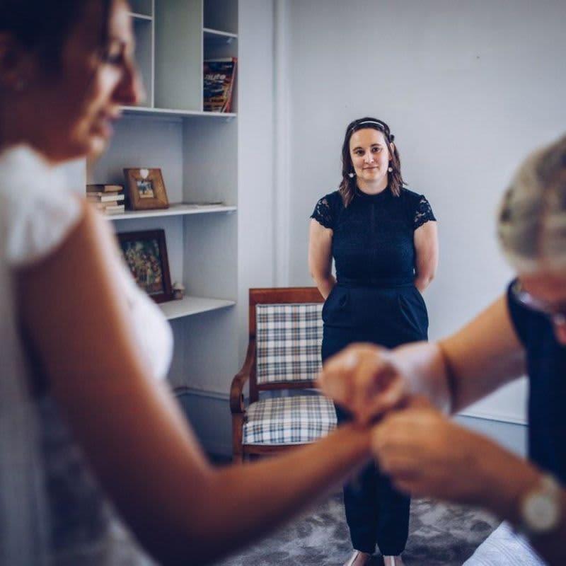 Alexine, aux côtés de la mariée tout au long du jour J.