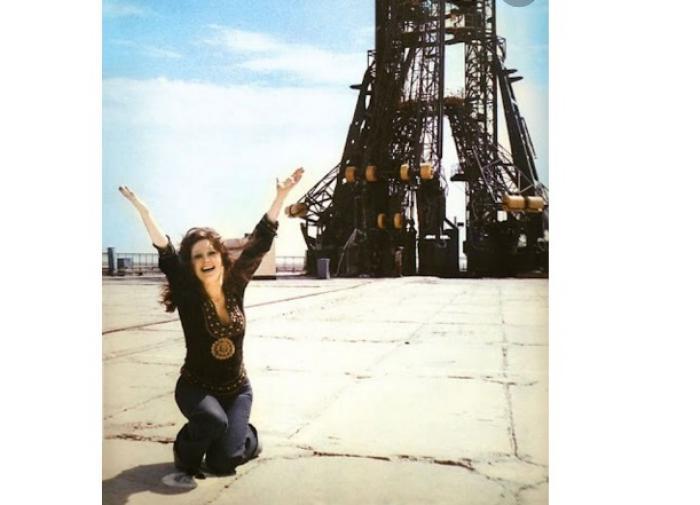 Пугачёва эмоционально приветствовала Пересильд, вернувшуюся из космоса