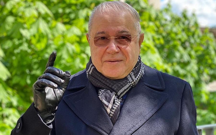 Петросян показал первое совместное фото с Брухуновой