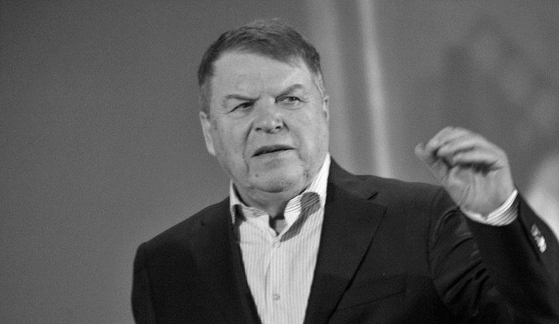 Умер Михаил Кокшенов