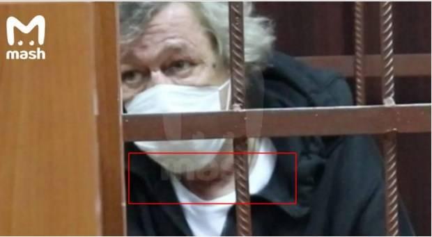 Михаил Ефремов пытался покончить с собой