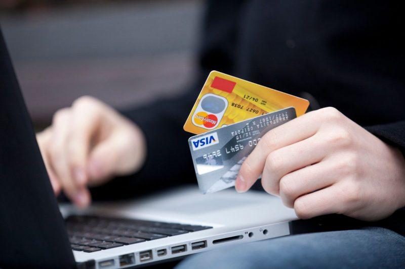 Можно ли оплатить услуги ЖКХ кредитной картой