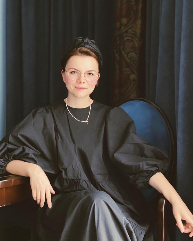Татьяна Брухунова вспомнила, как в 17 лет мыла пол в театре Евгения Петросяна