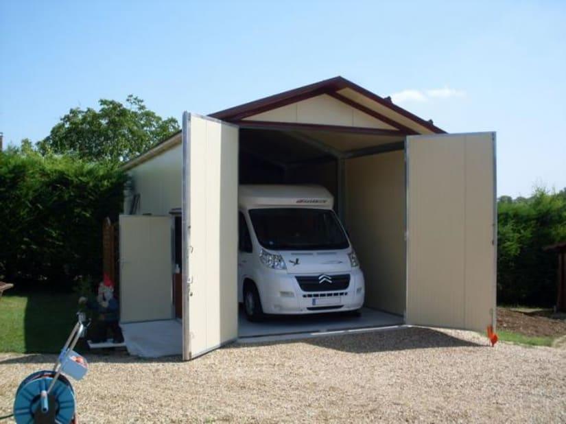 Arcis, abri camping-car