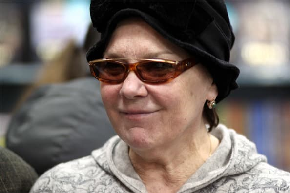 Лариса Голубкина рассказала о самочувствии после госпитализации