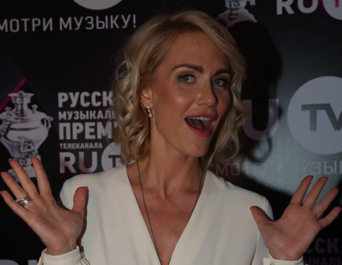 «Найдут признания про стертые колени»: Гордон вновь высказалась по «измене» Жорина с Седоковой