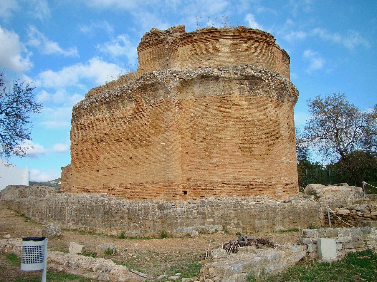 Roman Ruins - Estoi Wikipedia-user: Bextrel
