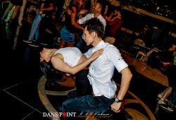 Bakırköy'ün en güzel noktasında, meydanda, dansın noktası Dans Point'te bizimle dans etmeye ne dersiniz?