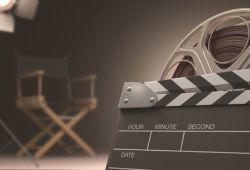Hem bireysel hem kurumsal olarak değişik kurumların çatısında Film Analizi seminerleri vermekte olan Sindel aynı zamanda düzenli olarak dergilere sinema yazıları yazıyor. Film atölyelerinde Sinema sanatının büyük ustalarının gizlerini beraberce araştırarak hem sanata hem hayata dair keşiflerde bulunuyoruz.  Katılımcı dostlarımızla beraber filmi sahne sahne analiz ederek; senaryo, kurgu ve sinematografi gibi sinemaya ait araçlarla kurulan anlamı beraber keşfediyor ve filmlerin sosyolojik, psikolojik, felsefi, siyasal, mitolojik ve feminist okumalarını yapıyoruz.  Katılımcılardan atölyeye gelmeden filmi bir kere izlemelerini rica ediyoruz. Beraberce analiz etmeden önce bir temel oluşturması için...  Etkinlik, 6 Ocak 2020'de MIDSOMMAR filminin okuması olarak gerçekleşecektir.