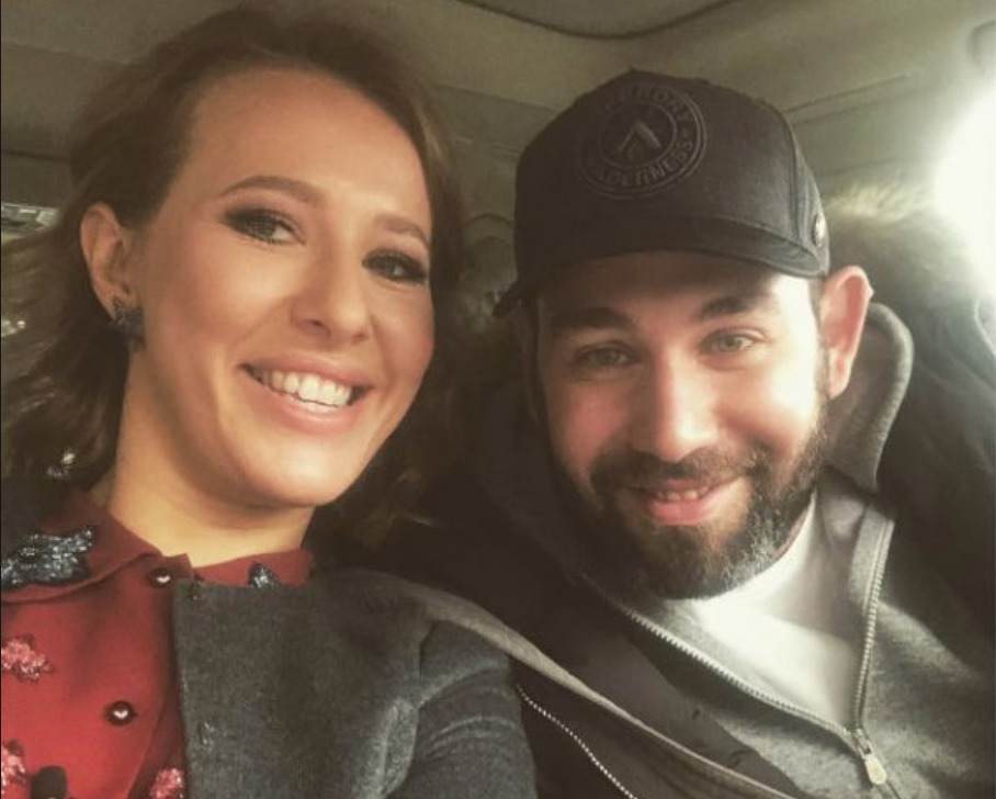 После слухов о разводе, Семен Слепаков вышел в свет с женой!