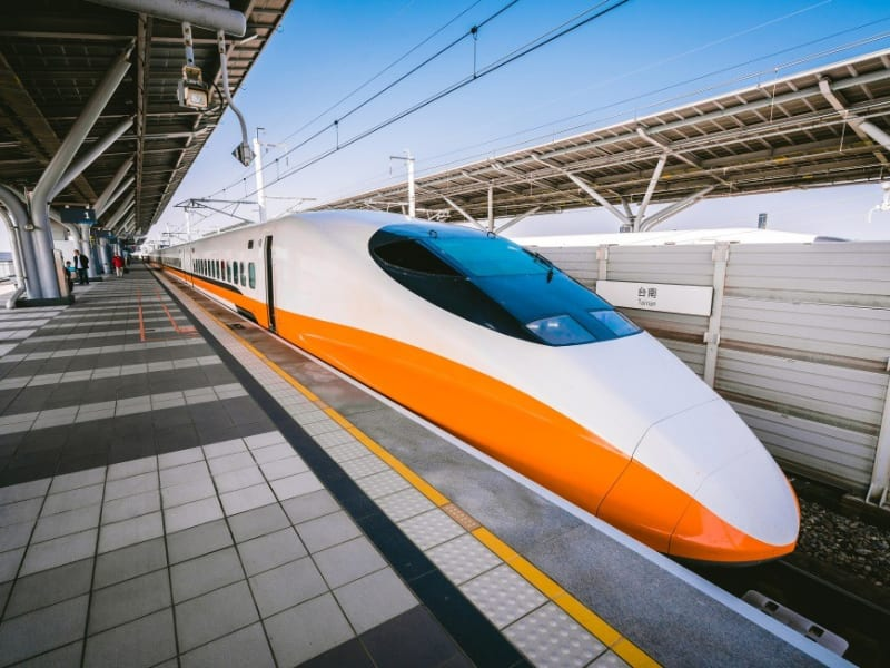 Be whisked from Taipei to Taichung by high speed rail