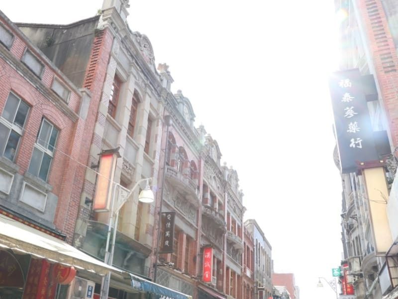 Discover the spiritual and mercantile roots of Taipei