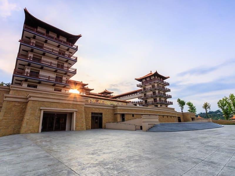 Day 3: Visit Fo Guang Shan Buddha Memorial Center