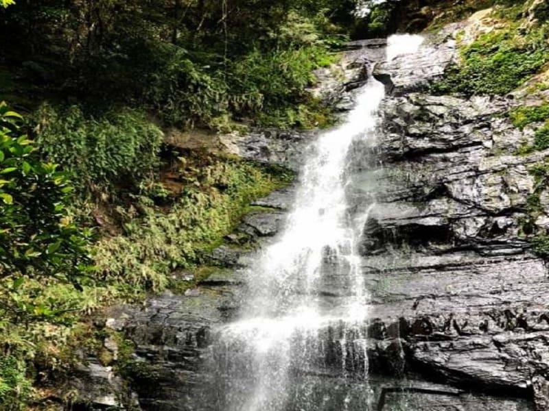 五峰旗の滝