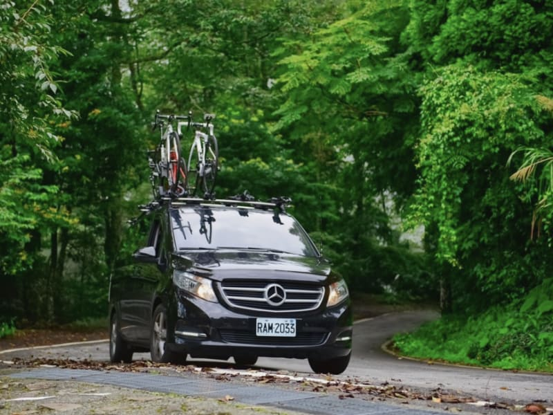 MyTaiwanTour cycling tours is provided by one of our Hyundai Starex or Mercedes vans