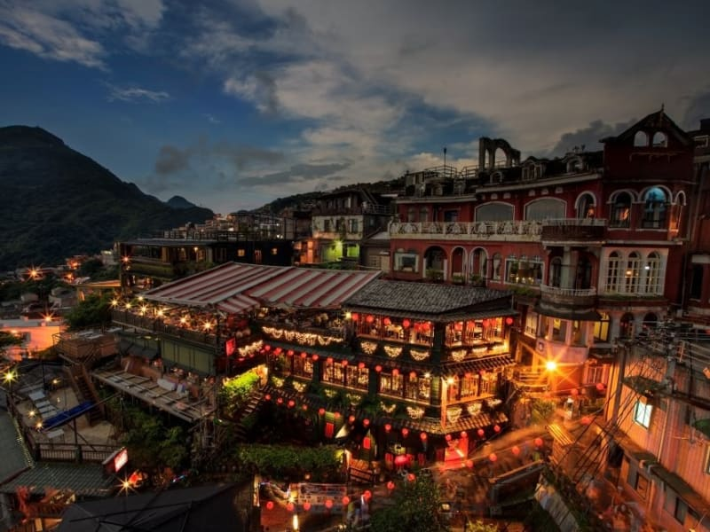 Watch as the mountainous village of Jiufen lights up the night