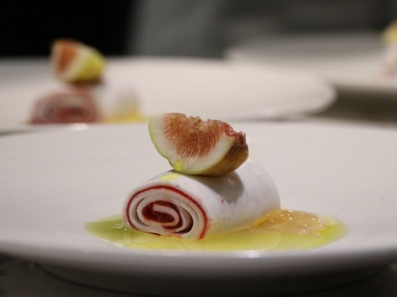 Sinasera 24, a fine dining restaurant where the chef uses local seasonal ingredients.