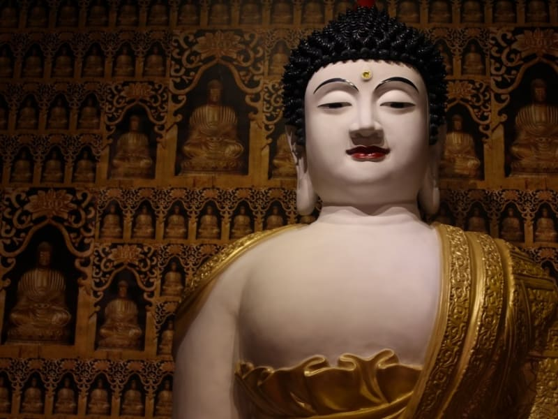 「仏光山」では、世界最大の青銅で造られた仏像が拝めます