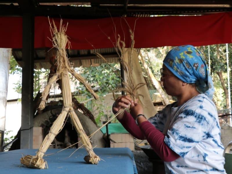 農家の天然素材での手作り体験