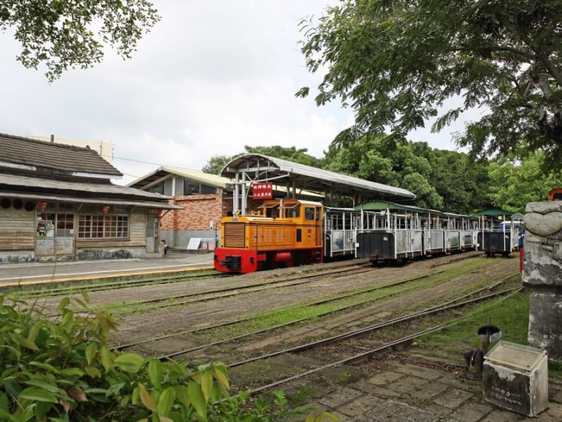 Mini railway experience at Suantou Zhecheng Cultural Park