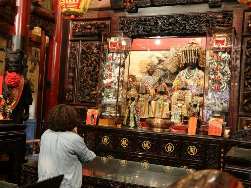 Visit Fengtian Temple