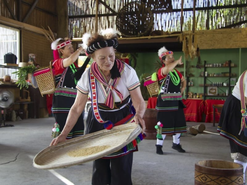Big indigenious feast and traditional dance performance
