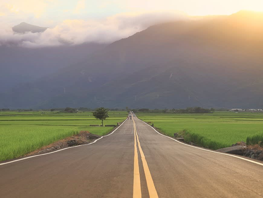 Drive through Eastern Taiwan via the bucolic East Rift Valley's Highway 9.