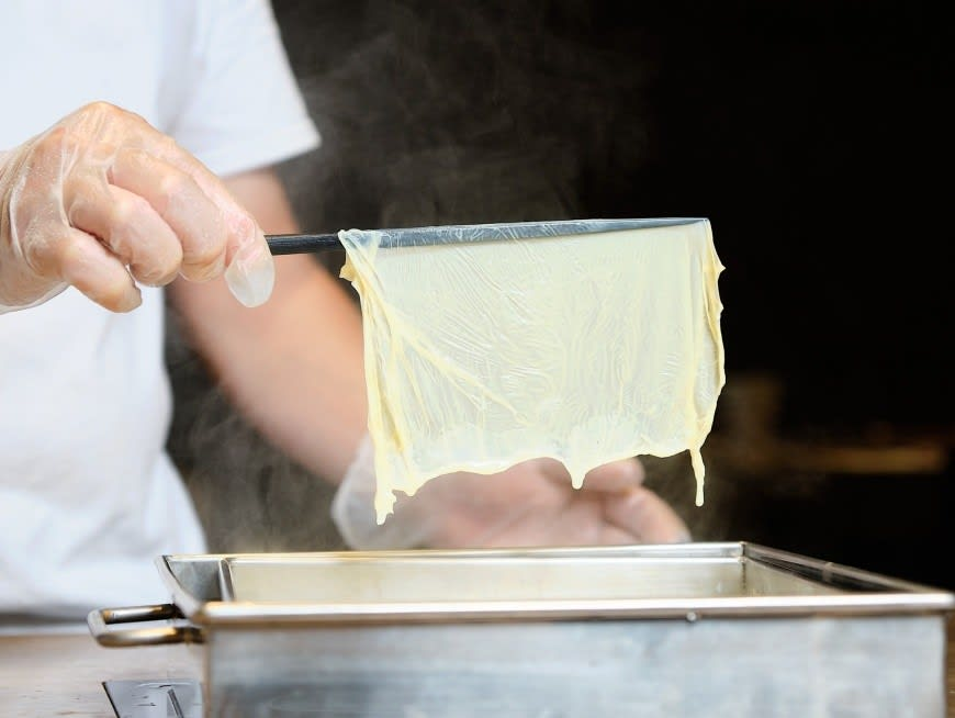 Make your own tofu skin at a DIY workshop with Daxi locals
