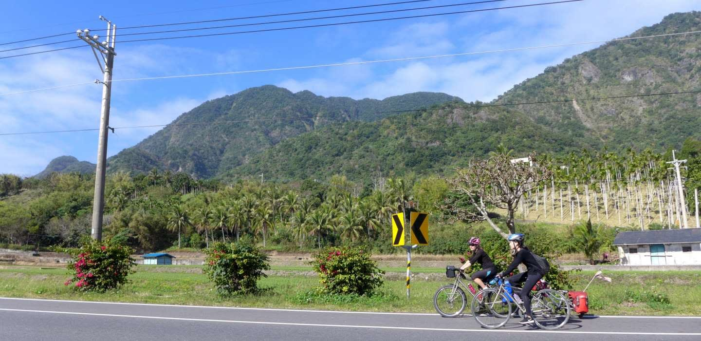 Early Summer Sea and Valley Cycling Tour