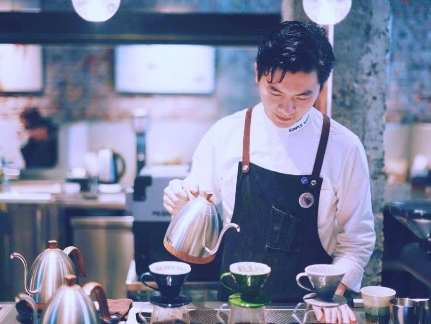 ワールド・バリスタ・チャンピオンシップで優勝したコーヒーショップを訪問