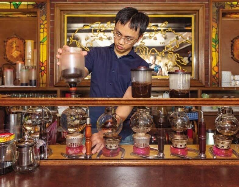 流行りのお店にはない良さを求めて:台北の老舗カフェ