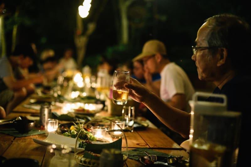 梯田山晚宴