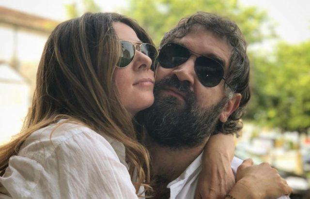 Слушать музыку и говорить по телефону: Жанна Бадоева подарила мужу очки за 18 тысяч рублей