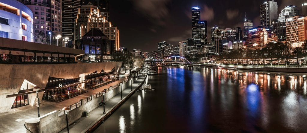 Melbourne skyline, Southbank and Yarra River