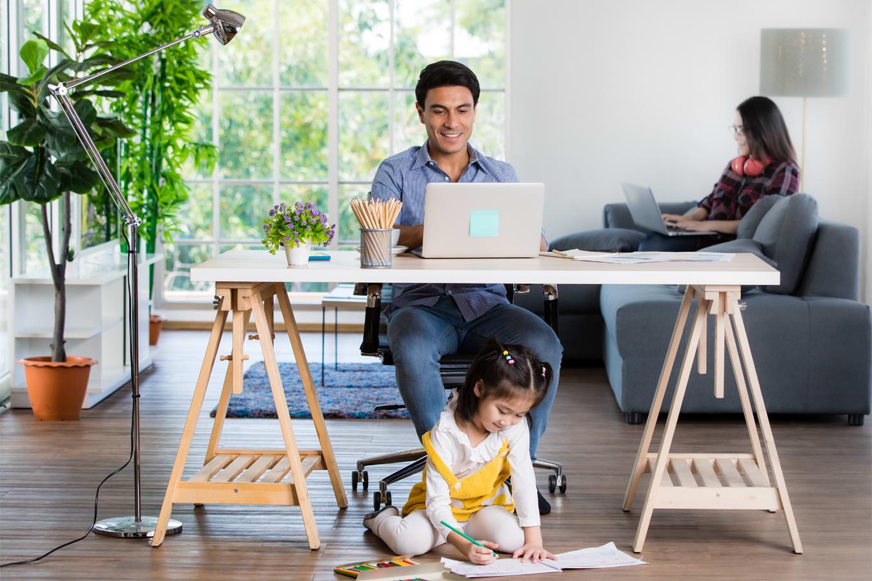 Tips-To-Balance-Study,-Work-and-Family-Time-Blog