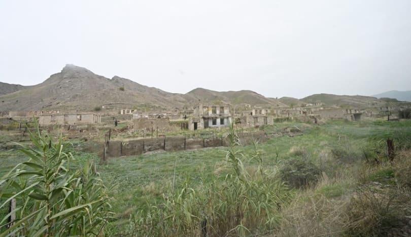 Azad olunan ərazilərdə siyahıya alınan daşınmaz əmlakların sayı açıqlanıb