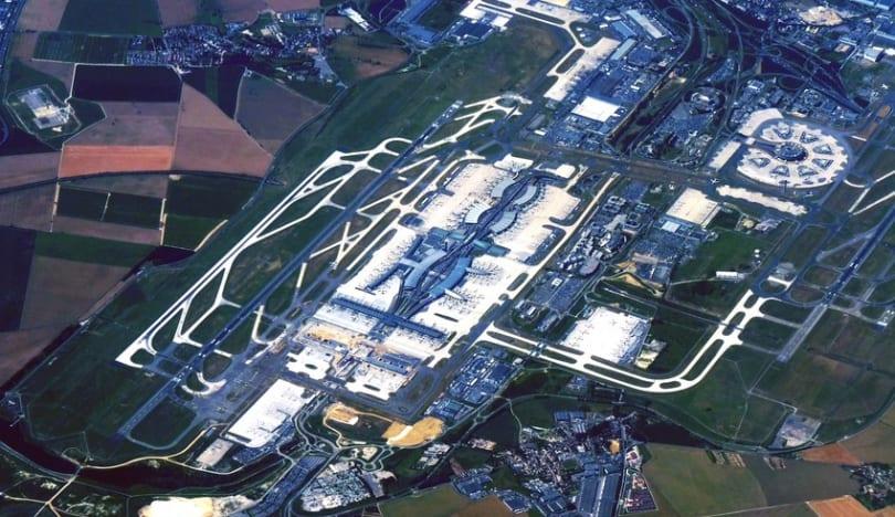 Parisin ən böyük hava limanında tətil keçirilir